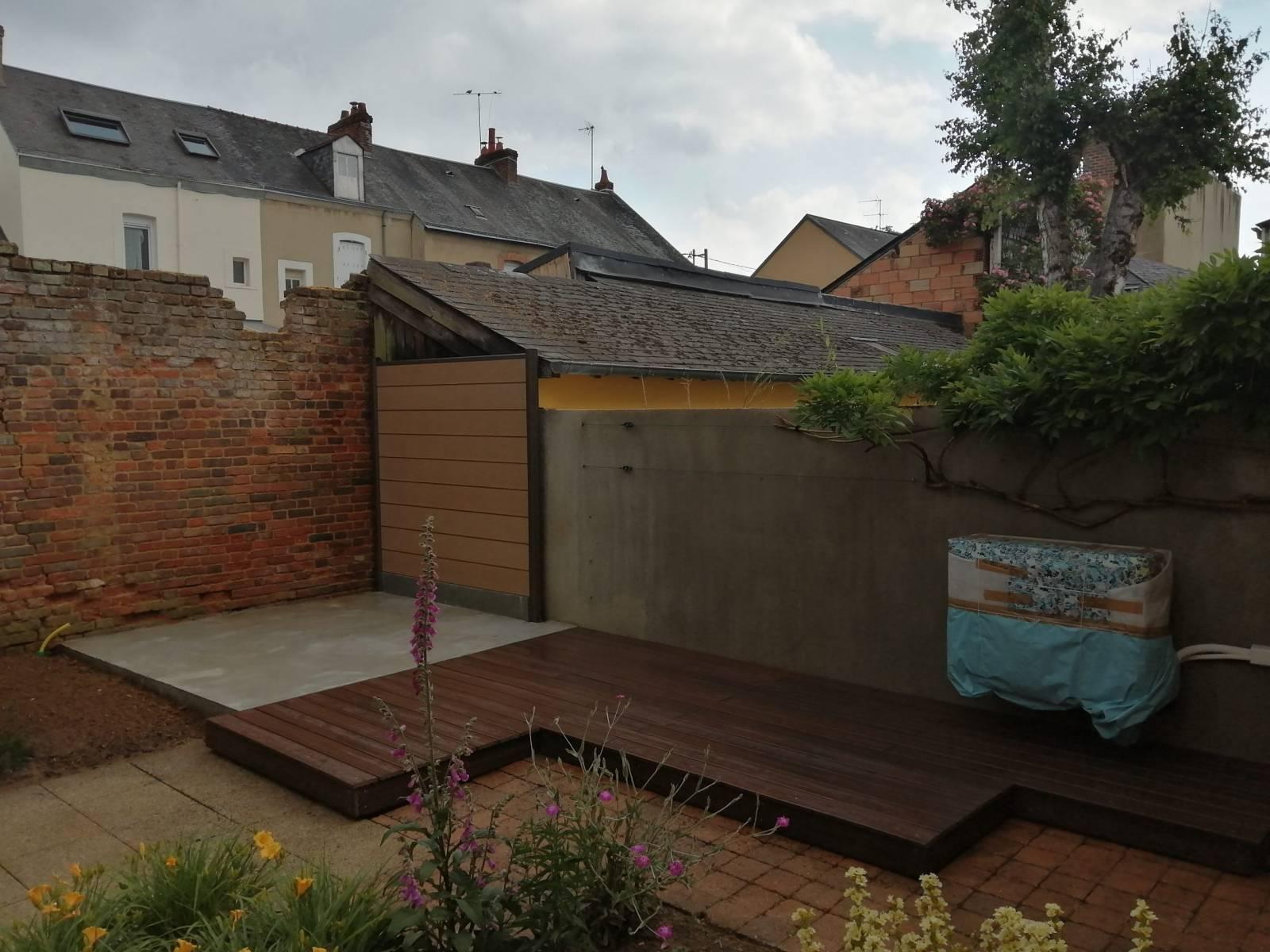 Terrasse composite plein + panneau composite